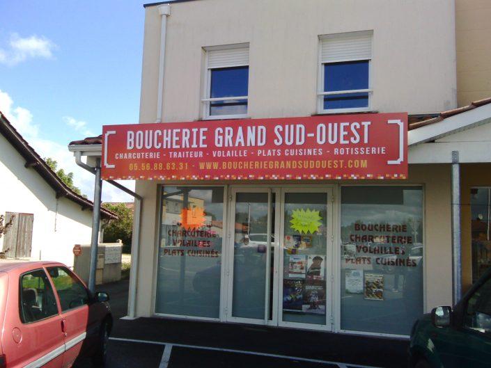 Fabrication et pose d'une enseigne panneaux en Gironde 33