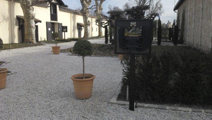Fabrcation et pose de Signalétique lumineuse extérieure Bordeaux