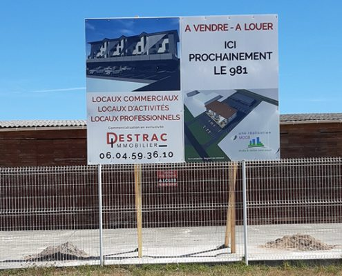 Pose d'un panneau de promotion immobilier - Gironde 33