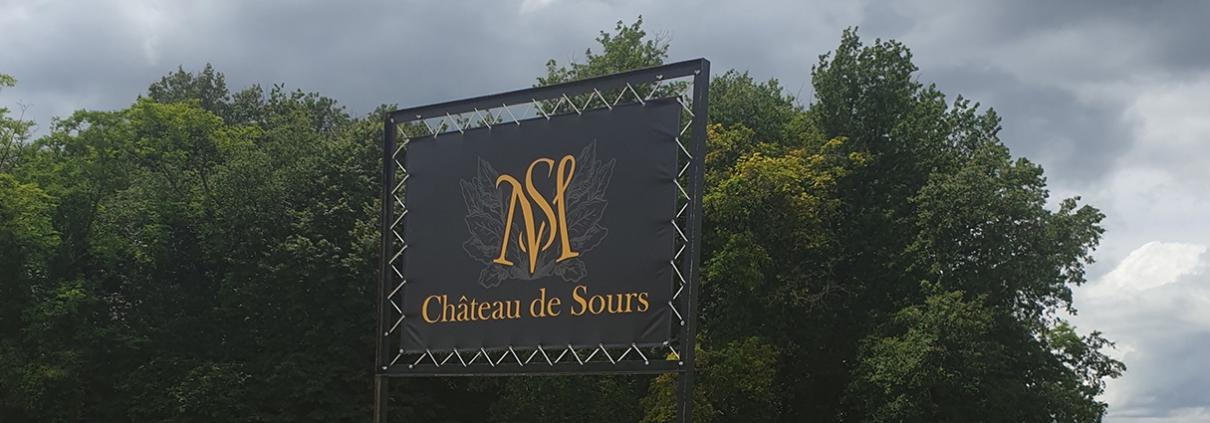 fourniture et pose de bache publicitaire chateau - gironde 33